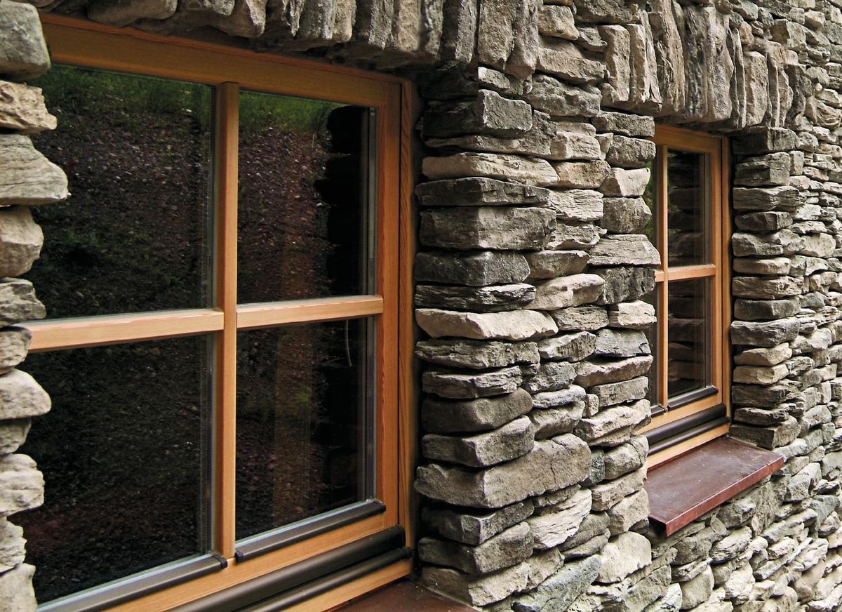 Progettare con la pietra: Contorno finestra con ...